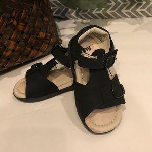 Umi Navy Noel sandal size 6.5. Soft baby sandals